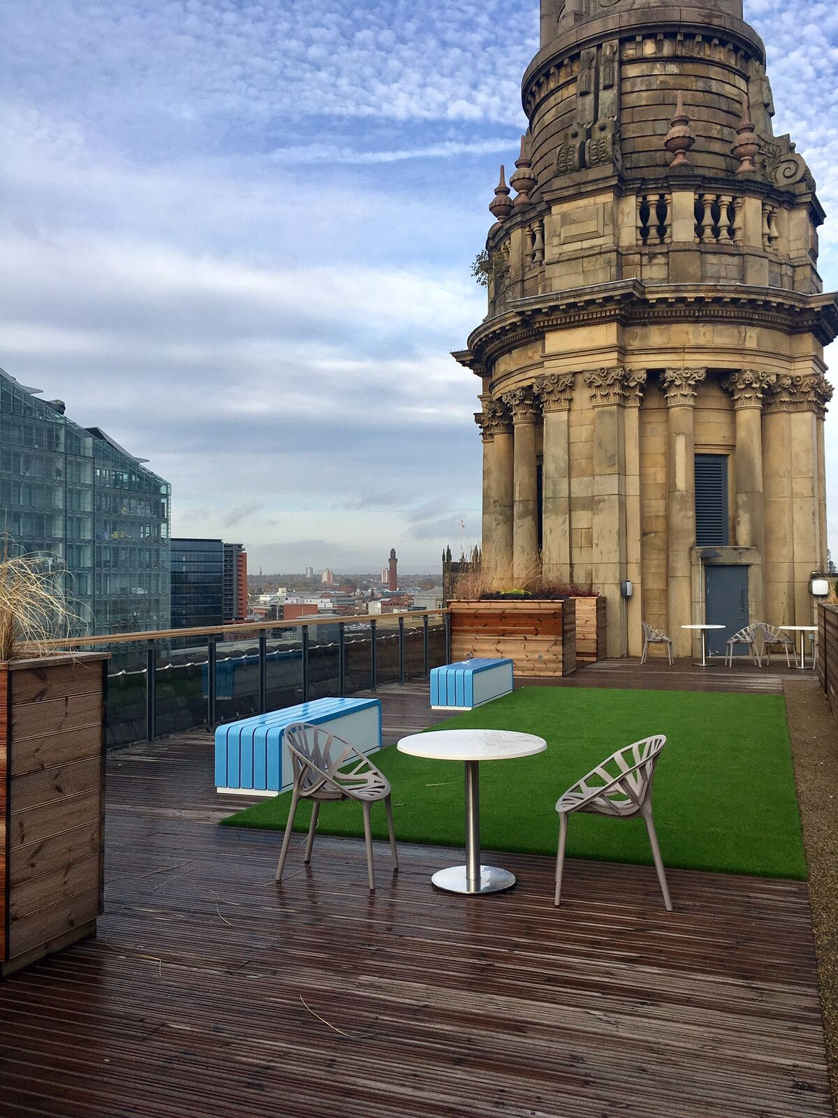 Total Restore - physiotherapist in Manchester - rooftop image of studio
