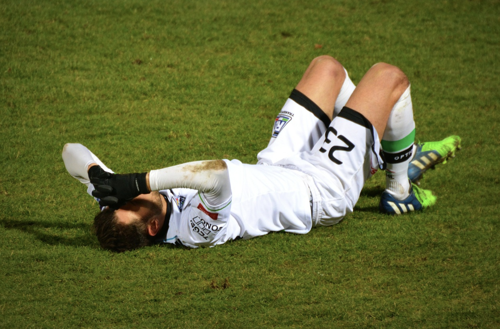 12 tips for preventing sports injuries