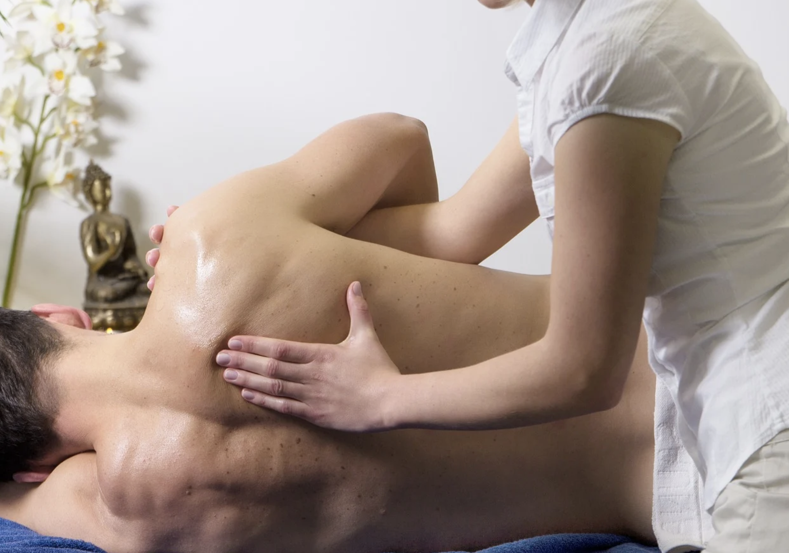 Is sports massage the same as physiotherapy?